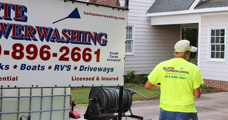 Finding a Qualified Power Washing Company - Harte Power Washing